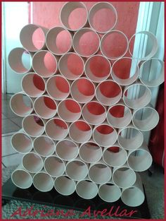 Atelie abavellar: Support Lines. Yarn storage with PVC pipe.