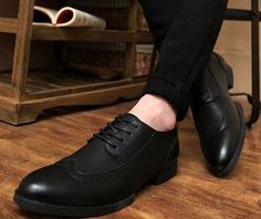 Hot Fashion Design Formal Shoes Business Men Leather Shoes Pointed Toe Wedding Oxford for Male alishoppbrasil Shoes 2016, Men's Shoes, Dress Shoes, Shoes Men, Business Men, Business Dresses, Formal Shoes, Fashion Flats, Shoe Carousel