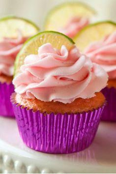 Strawberry Margarita Cupcakes Cupcake Recipes, Cupcake Cakes, Dessert Recipes, Taco Cupcakes, Mexican Cupcakes, Churro Cupcakes, Cupcake Party, Donut Recipes, Köstliche Desserts