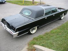 The Imperial Mailing List Online Car Club is dedicated to the preservation, appreciation and restoration of Imperials and Chrysler Imperials of all years, models and body-styles. Chrysler Limousine, Limousine Car, Chrysler Cars, American Auto, American Pride, Coach Builders, 1959 Cadillac, Flower Car, Chrysler Imperial