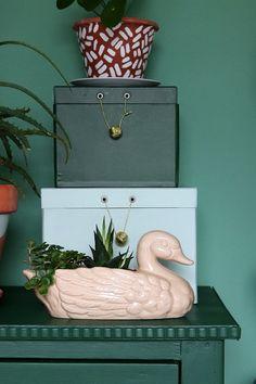 MY ATTIC SHOP / flowerpot duck / eend / bloempot / vintage Photography: Marij Hessel www.entermyattic.com