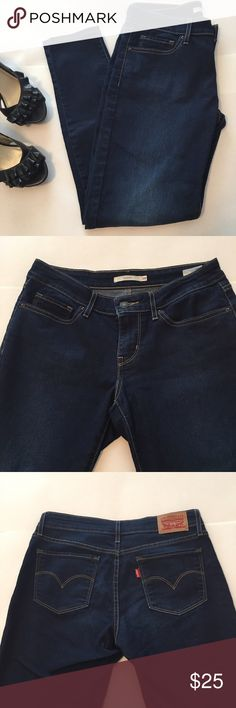 Levi's 711 Skinny Jeans Levi's 711 Skinny Jeans. Worn a few times and also washed once. They are in good condition. Width is 28 and length is 30. Levi's Jeans Skinny