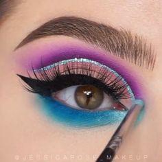 makeup for women: Women's Fashion Eye Makeup Steps, Eye Makeup Art, Smokey Eye Makeup, Eyeshadow Makeup, Eyeliner, Glitter Makeup, Mermaid Eye Makeup, Peacock Makeup, Makeup Eye Looks