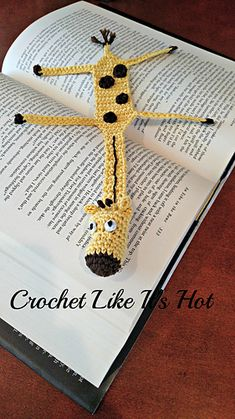 This pattern requires only a small amount of thread and basic crocheting skills.