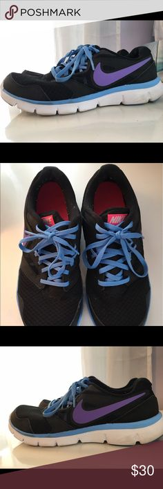 Women's Nike Flex Experience RN 3 Basically new Nike sneakers. Only worn once! Nike Shoes Sneakers