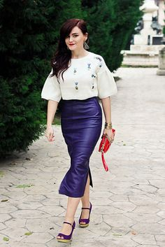 Be inspired by the people in the street! www.streetstylecity.blogspot.com purple leather skirt,vintage skirt,leather skirt,sheinside sweater