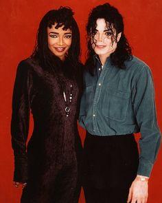 MJ and singer Siedah Garrett backstage during the 1993 Dangerous World Tour