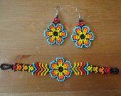 Colorful huichol Seed Bead Earrings, Seed Beads, Crochet Earrings, Beaded Jewelry, Beaded Bracelets, Macrame Necklace, Beaded Crafts, Weaving Patterns, Beading Projects