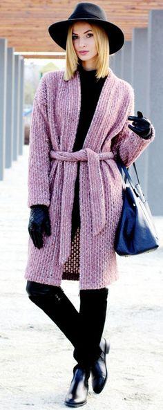 Pink On Black I Beauty.fashion.Shopping #pink