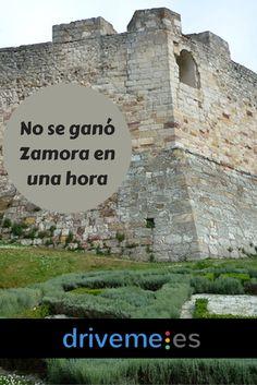 No fue una hora sino siete meses los que estuvo la ciudad asediada por Sancho II, que fue traicionado al final por Bellido Dolfos en el año 1072. La plaza volvió después a manos de la reina Doña Urraca.