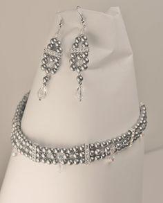 Elegant victorian grey choker and earrings by Lisbethstafnedesigns Chokers, Victorian, Trending Outfits, Unique Jewelry, Handmade Gifts, Elegant, Diamond, Grey, Earrings