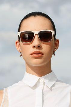 Eyewear Trend: Neutral Zone