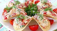 Crab Meat Salad Chips Appetizer - So easy and delicious Meat Appetizers, Appetizer Salads, Appetizer Recipes, Top Salad Recipe, Salad Recipes, Healthy Recipes, Crab Meat Salad, Cheese Snacks, Cheese Chips