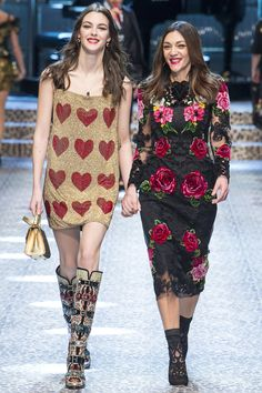 See the complete Dolce & Gabbana Fall 2017 Ready-to-Wear collection.