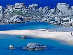 islands of cavallo lavezzi : corsica one of my fav places in the world Places Around The World, The Places Youll Go, Places To See, Hidden Places, Corsica, Exotic Places, World Of Color, Great View, Nature Pictures