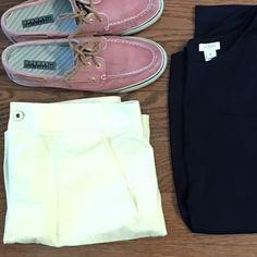 LOFT   Soft, Light Yellow Skirt Fitted light yellow skirt, perfect for spring LOFT Skirts