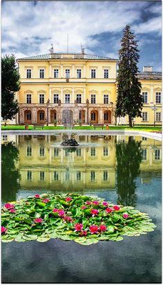 Czartoryski Palace in Pulawy. Poland Viktor Korostynski, http://500px.com/photo/38297202