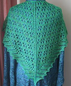 Ravelry: Printemps Shawlette pattern by Wendy D. Johnson