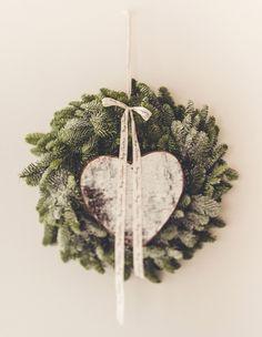 Vjenčić za vrata BOŽIĆNI sa srcem 2