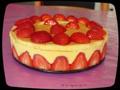 Un fraisier pour le dessert, recette rapide au Companion The strawberry season is just starting and we are going to have good sweet and sun-drenched fruits to eat in the garden soon … Yum ♥ Every year we put 2 large rows of feet in the garden.