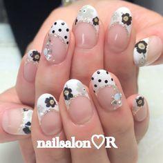 rie_nail