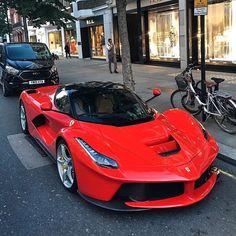 La Ferrari on the streets of London 🤯 📸 Car Reg, Motorbike Photos, Ferrari World, Ferrari Laferrari, Lamborghini, Uk Photos, Automotive Photography, Car Videos, Car And Driver