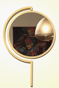 Contorno mirror By Studio Jolanda van Goor 2016. Powder coated Olive Yellow steel with a Silver mirror