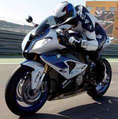 New Makes me miss a man. Scooter Motorcycle, Motorcycle Types, Ducati Motorcycles, Cars And Motorcycles, Bmw 1000rr, Bmw Motors, Quad, Bmw S, Super Bikes