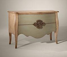 Comoda 2 cajones Vintage Valerie   Material: Madera de Cerezo   Existe la posibilidad de realizar el mueble en distinto color de acabado, ver imagen de galeria... Eur:2069 / $2751.77