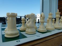 QUADRUPLE WEIGHT CHESS GAME SET Green Board NATURAL PIECES Tournament