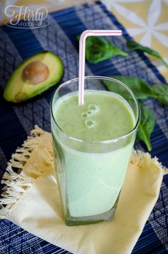 Lean N' Green Spinach smoothie (with avocado!)