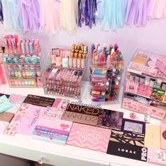 Cute Room Ideas, Cute Room Decor, Teen Room Decor, Kids Makeup, Cute Makeup, Beauty Makeup, Rangement Makeup, Makeup Storage Organization, Unicorn Makeup
