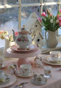 teatime.quenalbertini: A Romantic Sunroom Tea   Aiken House & Gardens