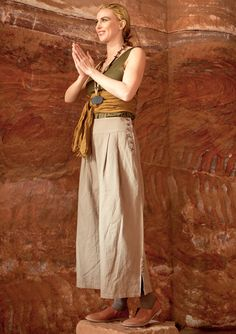 Trousers in cotton & linen – Fatime – earth patterns – GUDRUN SJÖDÉN – Webshop, mail order and boutiques   Colourful clothes and home textiles in natural materials.