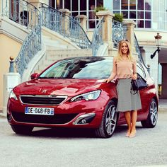 Обновлённый Peugeot 308 был признан лучшим автомобилем Европы 2014 года. Наружный дизайн получил лёгкие изменения. Это коснулось бампера, колёс и решётки радиатора. Что ещё нового во французской новинке? Беглый взгляд Салон машины остался прежним, зато электроприборы