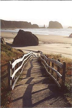 Bandon Beach, Oregon by Thom Sheridan, via Flickr