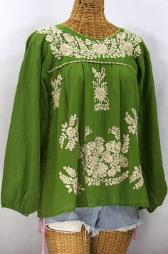 """La Mariposa Larga"" Embroidered Mexican Style Peasant Top - Fern Green"