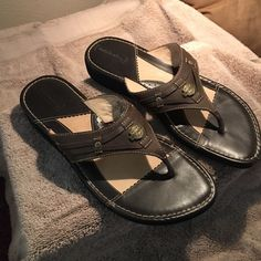 HARLEY DAVIDSON LEATHER SANDALS -  NWT size 9 1/2 Authentic HARLEY DAVIDSON leather sandals!  These are brand new (as you can see from the picture of the sole design) with box and are US Women's size 9.5. Great to slip on after a day of riding! Harley-Davidson Shoes Sandals