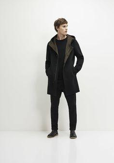 http://www.ikks.com/es/abrigo-negro-hombre/MK44043-02.html