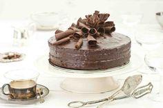 Tort czekoladowy. #tortczekoladowy #tort #czekoladowy #czekolada #deser #mniam #chocolate #smacznastrona