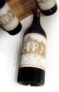 1 Bouteille 75 cl de - Château HAUT-BRION 2000. © www.wanted-vin-com