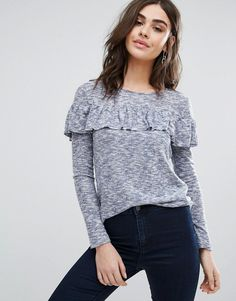 Get this Vila's oversized jersey now! Click for more details. Worldwide shipping. Vila Long Sleeve Jumper With Frill Overlay - Blue: Top by Vila, Super soft-touch knit, Mixed yarn design, Scoop neck, Frill overlay, Regular fit - true to size, Machine wash, 64% Viscose, 30% Polyester, 6% Elastane, Our model wears a UK S/EU S/US XS and is 175cm/5'9 tall. Seeking inspiration from street and city style, Danish label Vila combine quality fabrics, textures and delicate cuts to create…