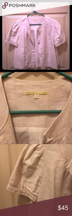 Gianni Bini Linen/Cotton Short Sleeve Jacket Sz 6 Off White Color; Linen/Cotton Material; Button Front; Small Pockets on Front; Cropped Fit; Button Details on Sleeves; Worn Once; Like New; Size 6 ⭐️Reasonable Offers Accepted!!⭐️ Bundle and Save!! Gianni Bini Jackets & Coats Blazers