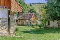Dominic Boutique-în Cloaşterf, Saschiz Transport Public, Zone Rurale, Destinations, Boutique, Country Roads, Cabin, House Styles, Home Decor, Bucharest
