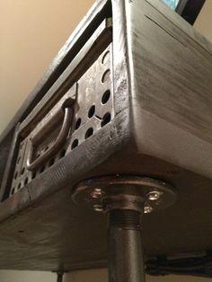 Industrial computer desk  #pipefurniture #industrialfurniture #industrialdecor #industrial #pipe #diyindustrialfurniture #diy #rusticfurniture #interiordesign #steampunk #steampunkfurniture #pipedesk #industrialdesk #diydesk #diypipedesk
