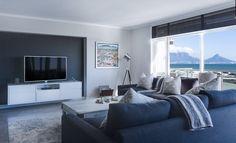 House Design, Room Design, Living Room Paint, Interior Decor Shops, Home Decor, House Interior, Interior Design, Home Decor Shops, Living Design