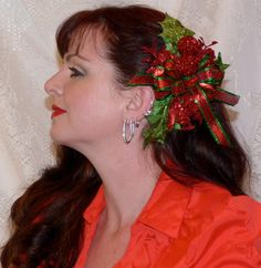 GLORIOUS CHRISTMAS Fascinator Hair by CoquettishlyAdorned on Etsy 49b99422ef3