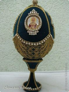 Fabrege Eggs, My Life Style, Egg Art, Gold Work, Russian Art, Diy Home Crafts, Easter Eggs, Decoupage, Antiques