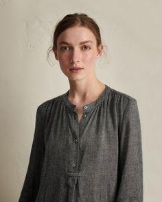 474b83cbb94 Long collarless shirt dress in a lightweight