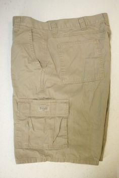 Wrangler Outlaw Tan Cargo Shorts Zipper Mens 40 Authentic Issue 2725 #Wrangler #CargoShorts #MensWear